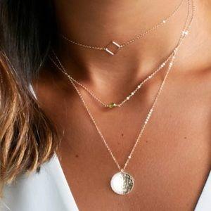 LAST 1✨ triple layer necklace gold square